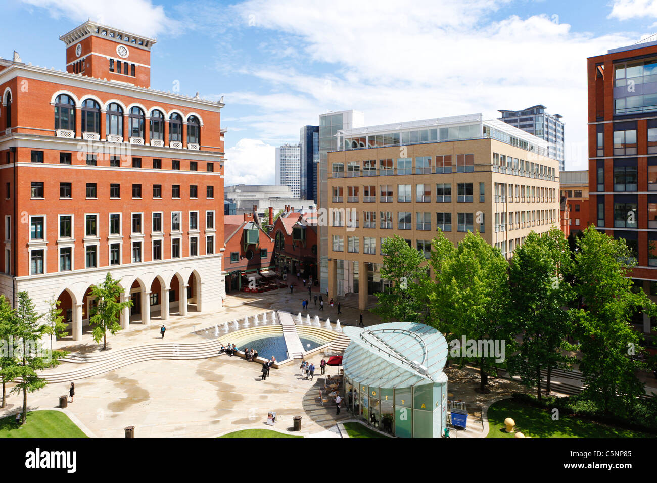 Central Square in Brindleyplace, Birmingham, England, UK - Stock Image