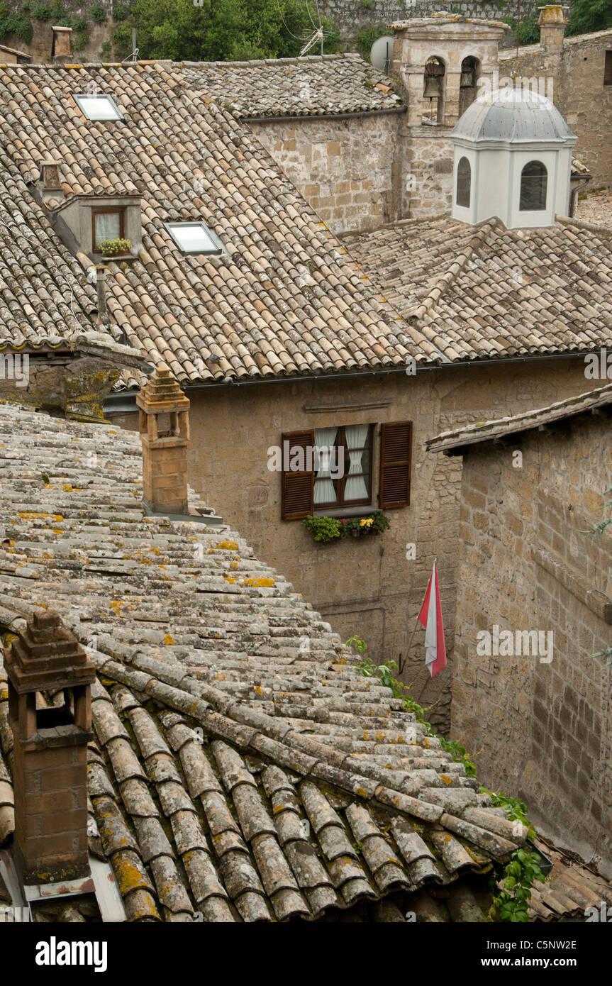 Terracotta tiled roofs in Orvieto, Umbria - Stock Image