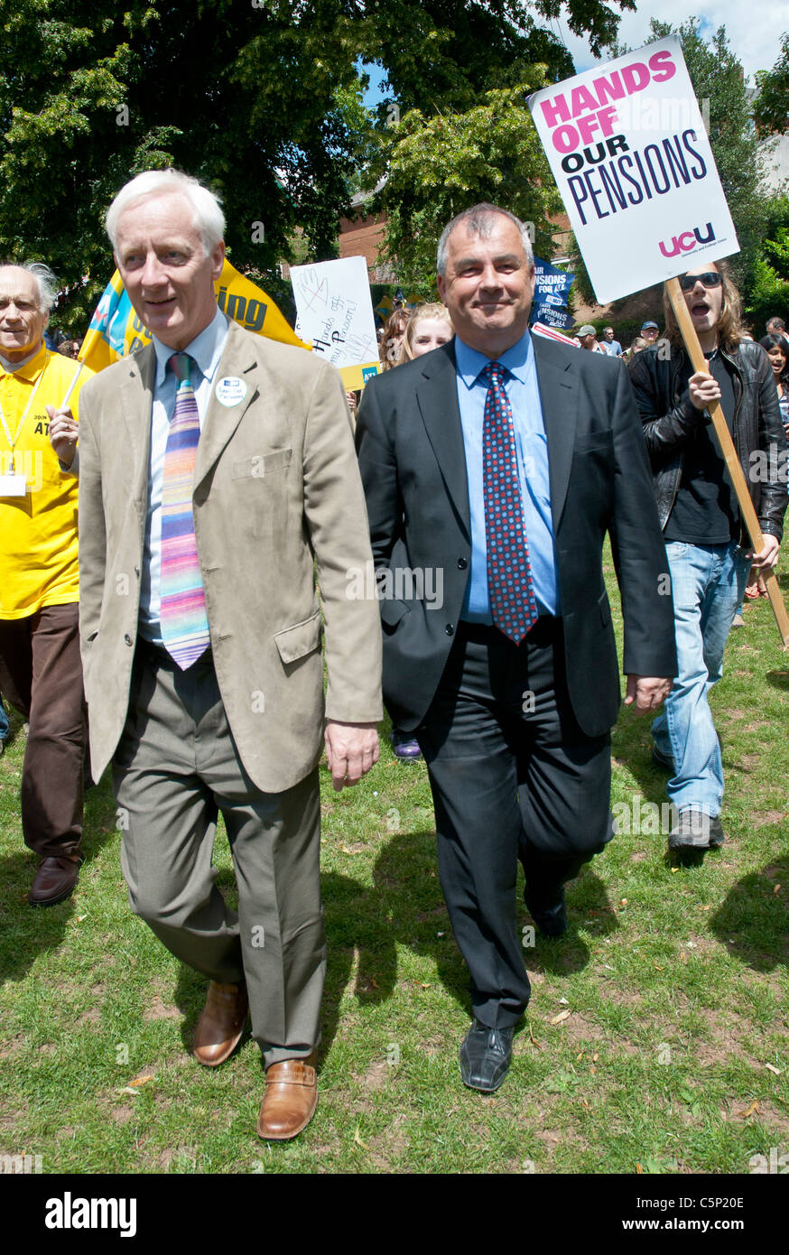Brendan Barber, General Secretary of the United Kingdom's Trades Union Congress (TUC), walks with the marchers - Stock Image