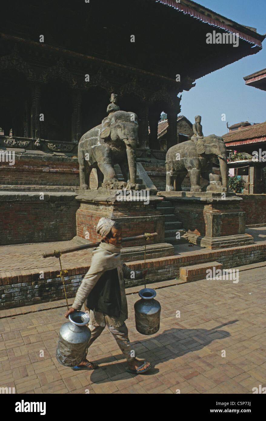 milk seller patan city kathmandhu nepal - Stock Image