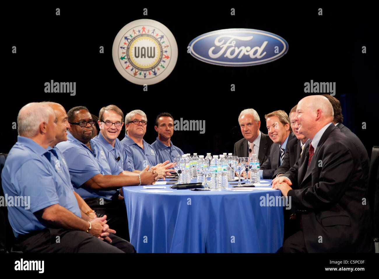 United Auto Workers and Ford Motor Company Begin Contract Negotiations Stock Photo