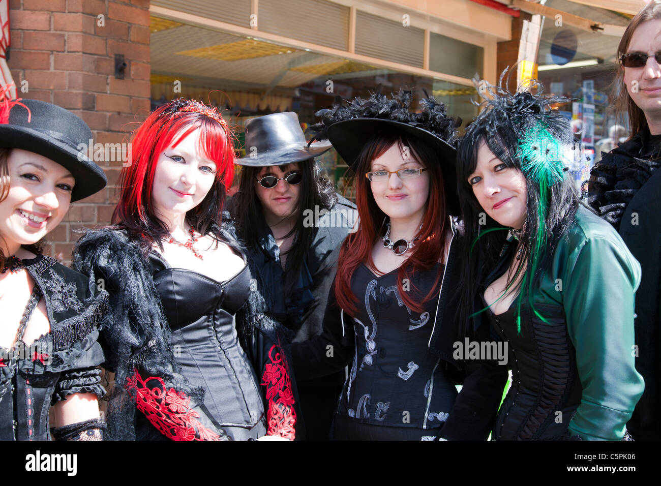 Whitby, Yorkshire, England, Goth Weekend Teenagers In ...