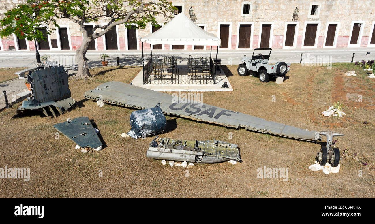 Wreckage of USAF plane displayed in La Cabaña, a fort in Havana, Cuba. - Stock Image