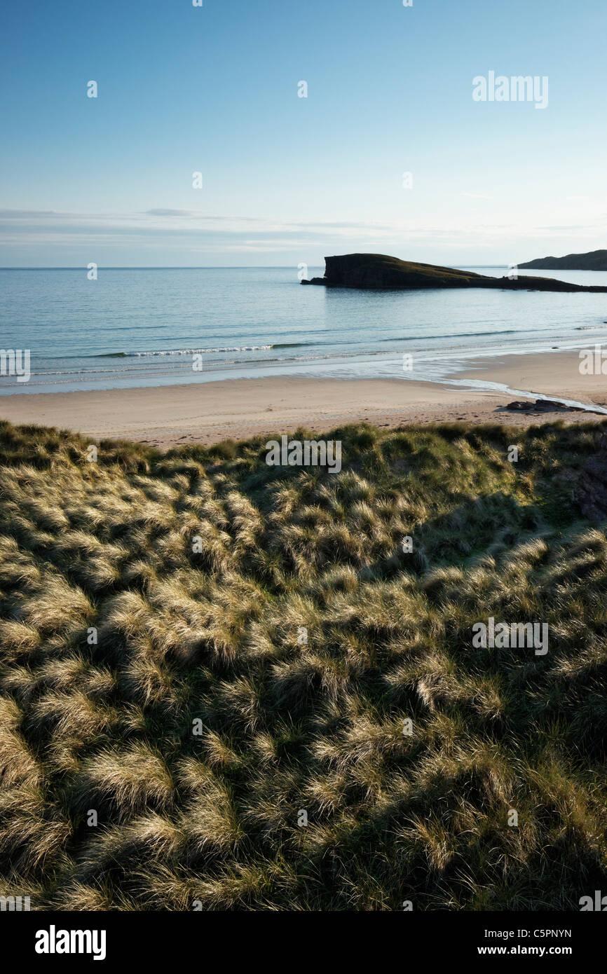 Sand dunes and marram grass beside Oldshoremore beach, near Kinlochbervie, Sutherland, Highland, Scotland, UK. - Stock Image