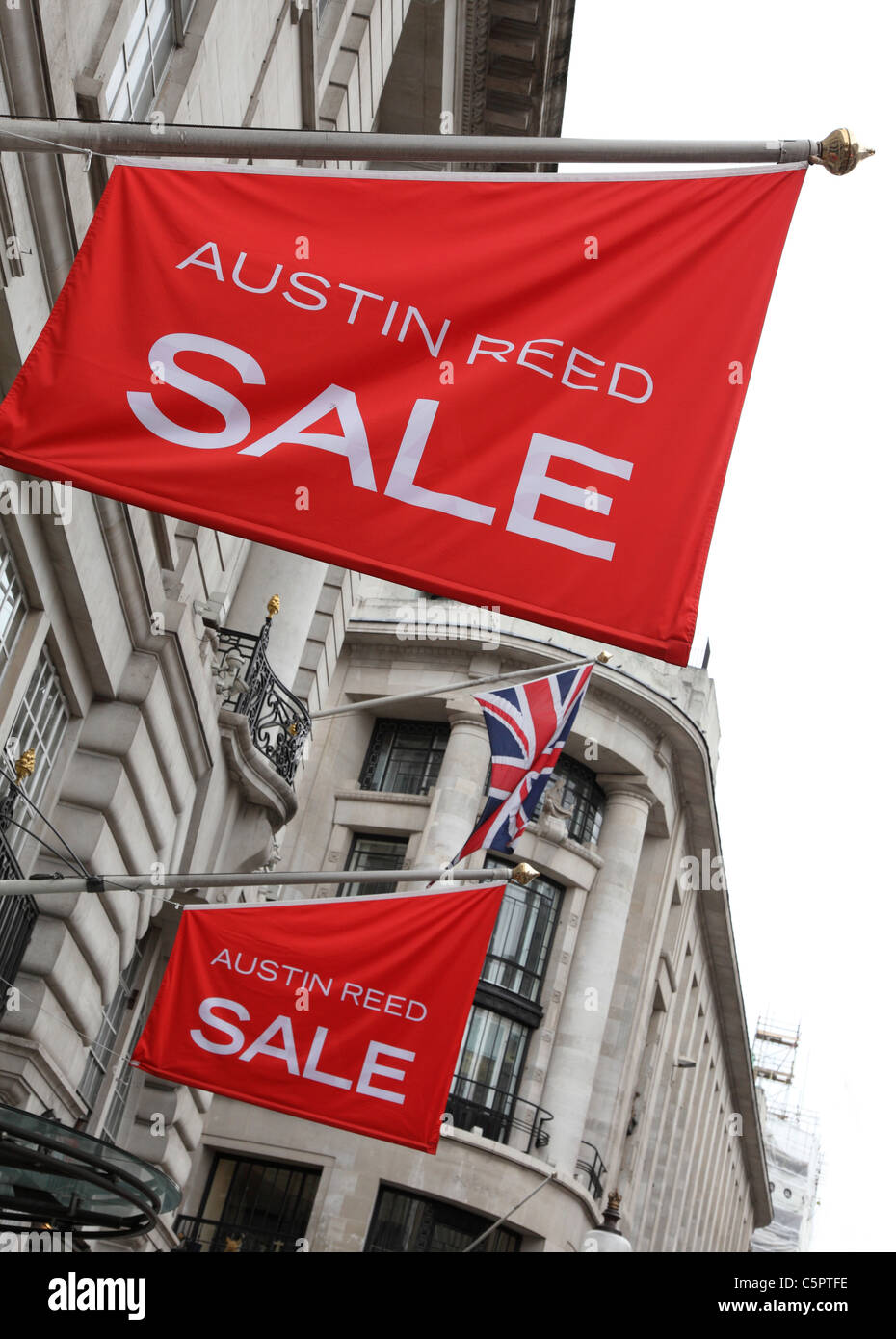 An Austin Reed Store On Regent Street London England U K Stock Photo Alamy