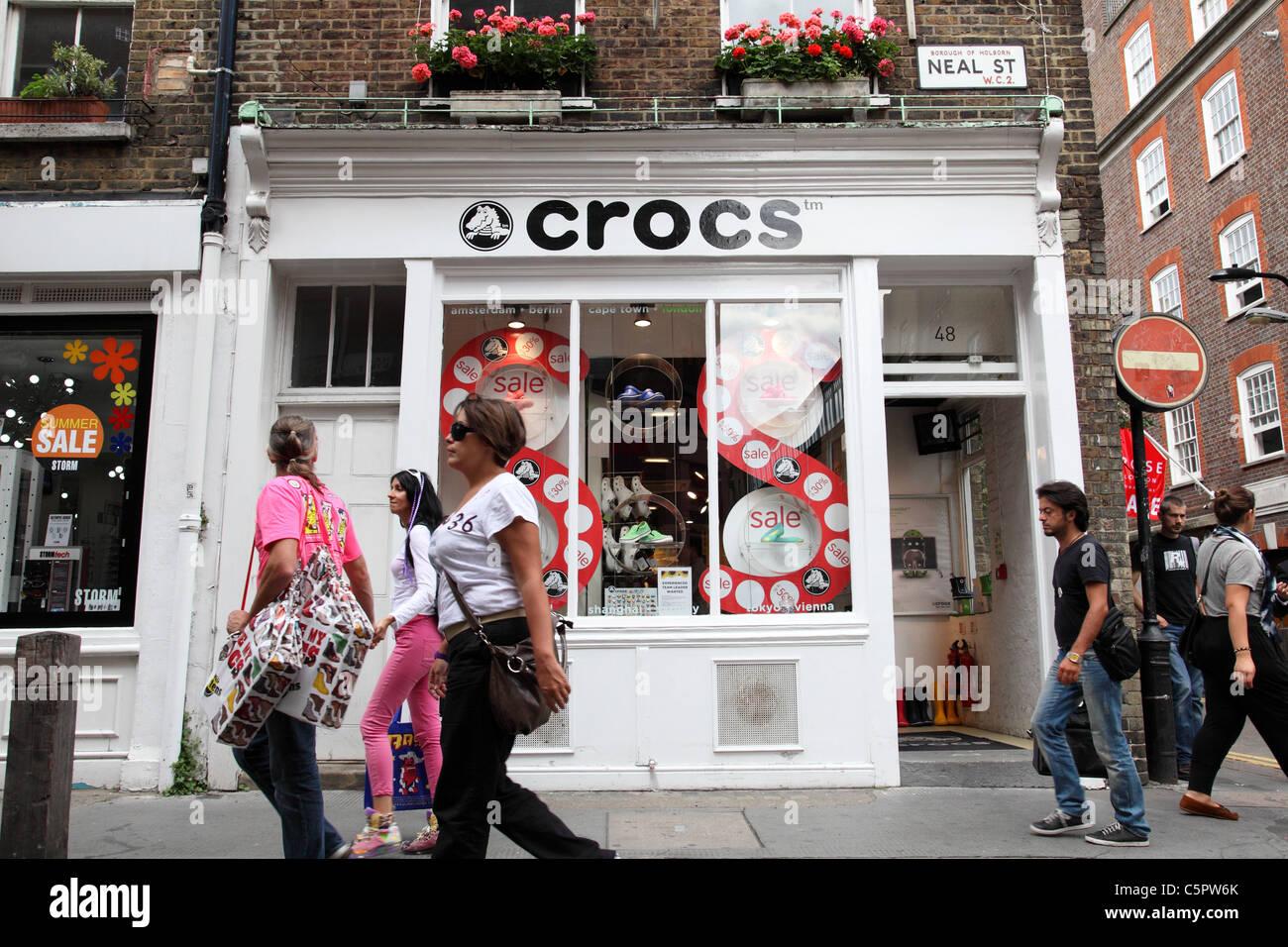 3c6c3a550 Shoe Shop Croc Stock Photos   Shoe Shop Croc Stock Images - Alamy