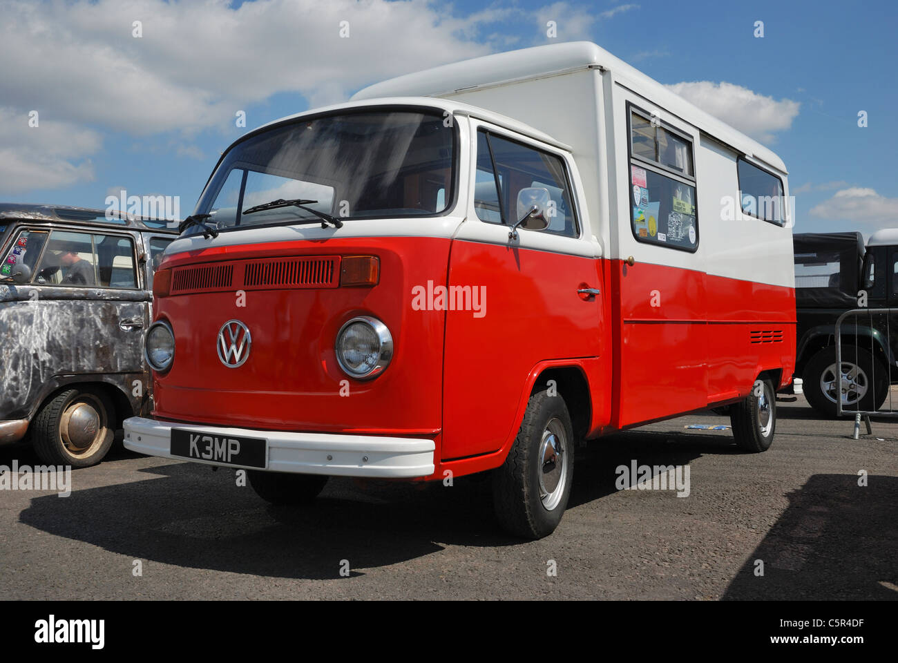 An 'early bay' VW bus. Santa Pod, Northants, England. - Stock Image