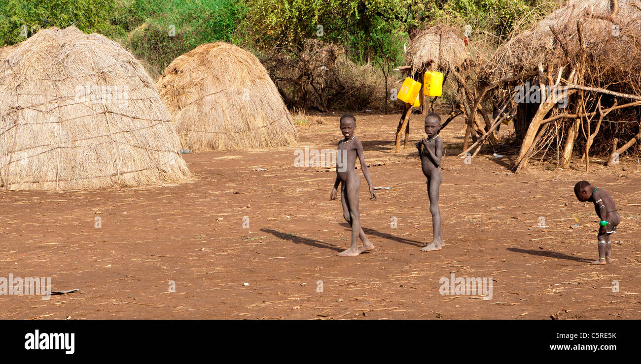 A traditional Mursi tribal village in Mago National Park in the Lower Omo Valley, Southern Ethiopia, Africa. - Stock Image