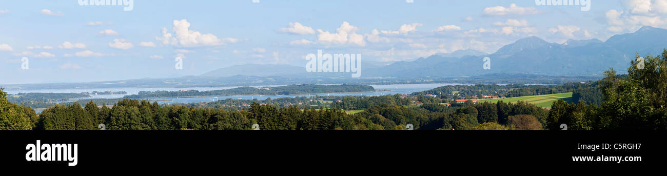 Germany, Bavaria, Chiemgau Alps, Herrenchiemsee, Chiemsee, View of island and freshwater lake - Stock Image