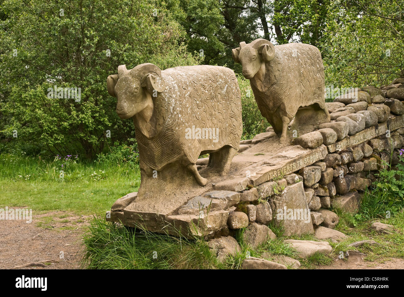 Stone sheep sculpture at Low Force, Teesdale. The footpath is The Teesdale Way on the stretch between Low Force - Stock Image