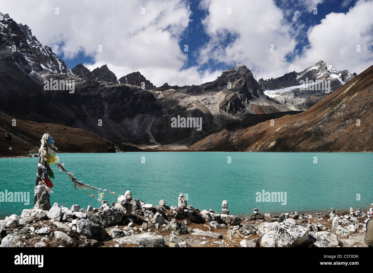 Asia, Nepal, Eastern Region, View of mountian ranges with gokyo lakes - Stock Image