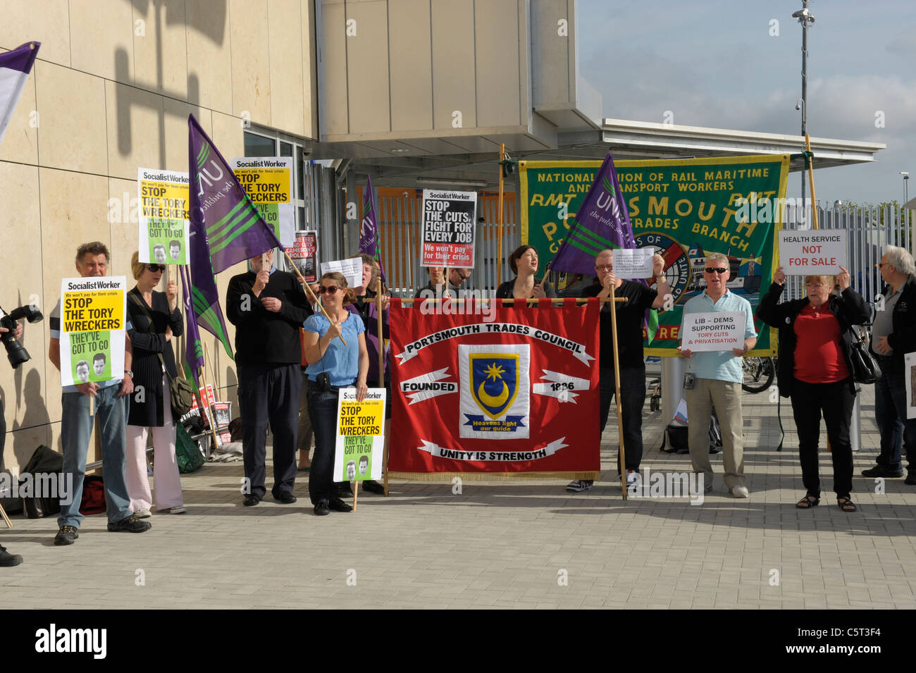 Trade Union protesters demonstrating against job cuts - Portsmouth, England - Stock Image