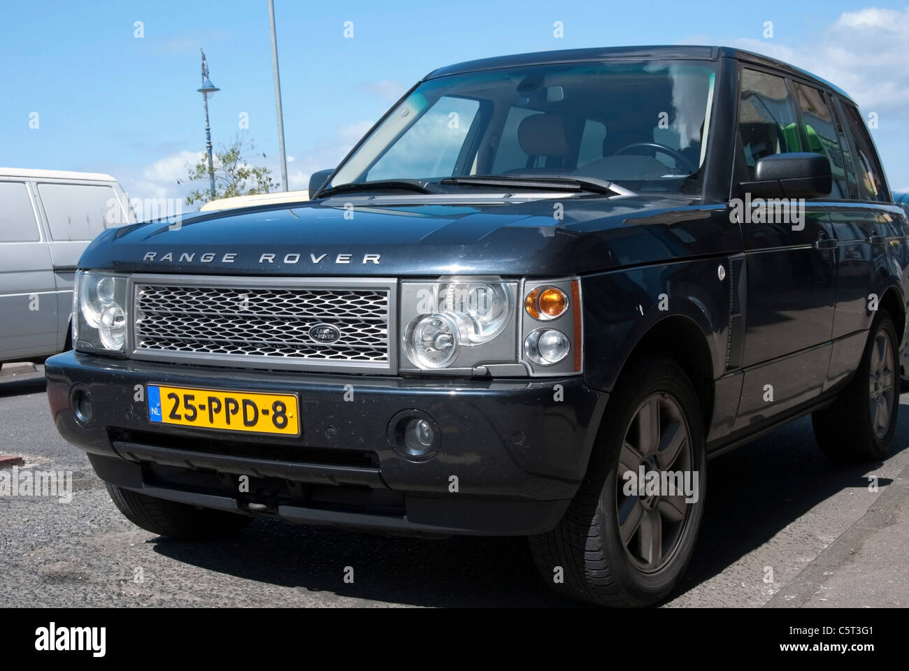 Land Rover Charcoal Free Download • Playapk.co