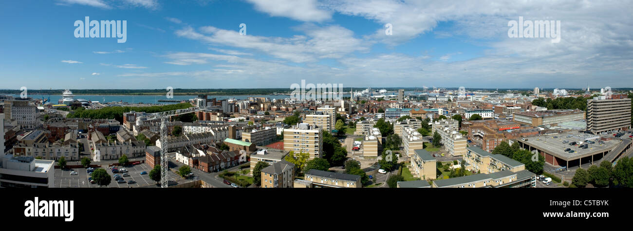 Rooftop panoramic view of Southampton city centre and skyline looking West - Stock Image