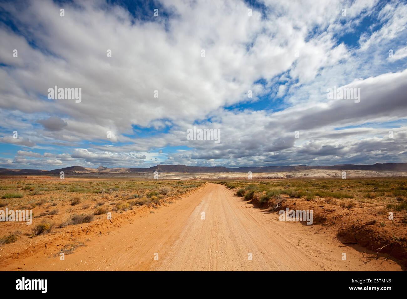 USA, Utah, Deserted sand track - Stock Image