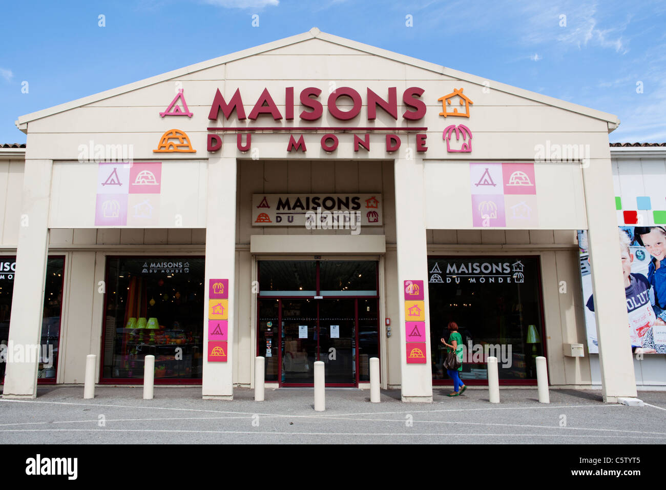 Maisons Stock Photos Maisons Stock Images Alamy