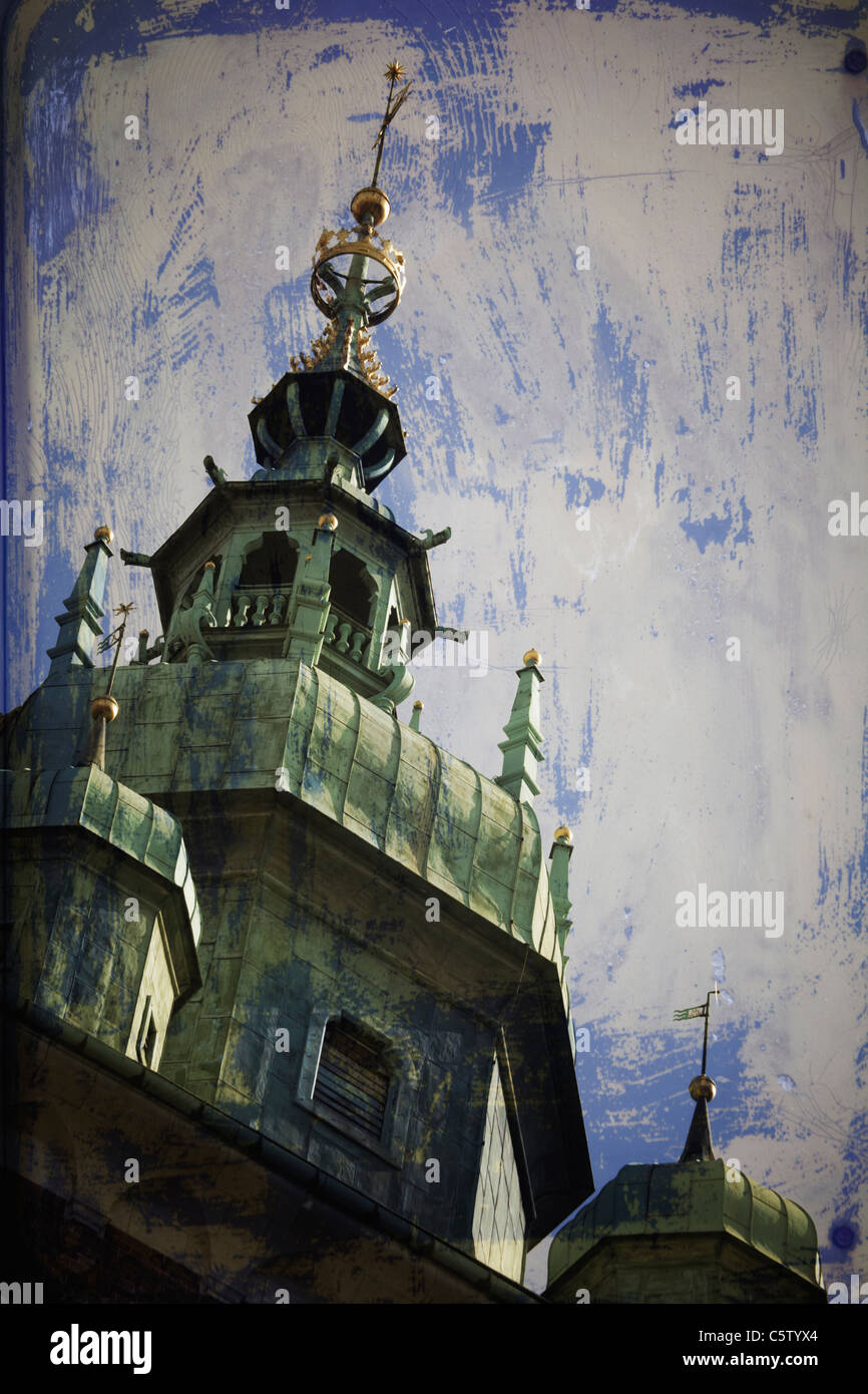 Poland, Krakau, View of cathedral with painted wall against background - Stock Image