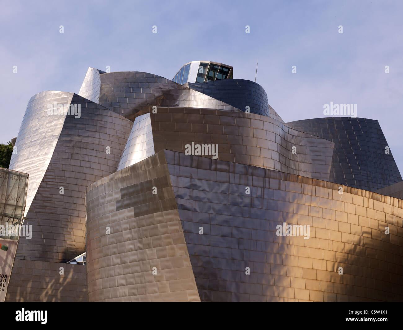 Guggenheim Museo.Museo Guggenheim Bilbao Spain Stock Photo 38044329 Alamy