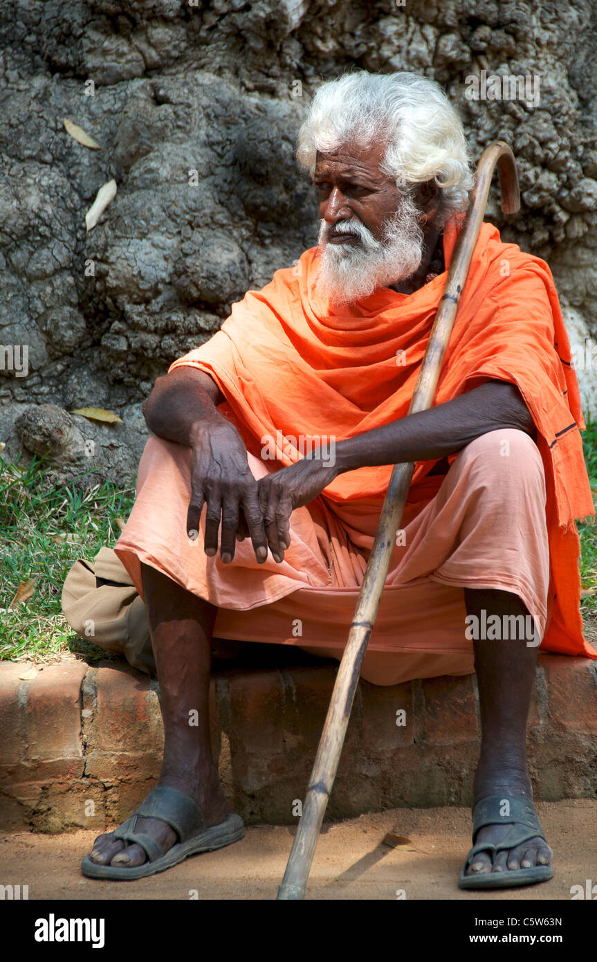 White haired sadhu Sri Ramana Ashram Tiruvannamalai Tamil Nadu South India - Stock Image