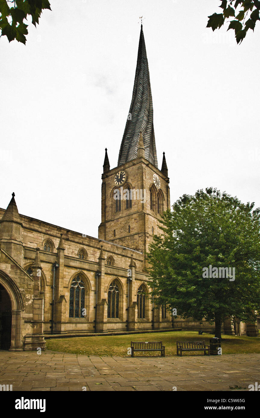 Chesterfield Parish Church with crooked spire - Stock Image