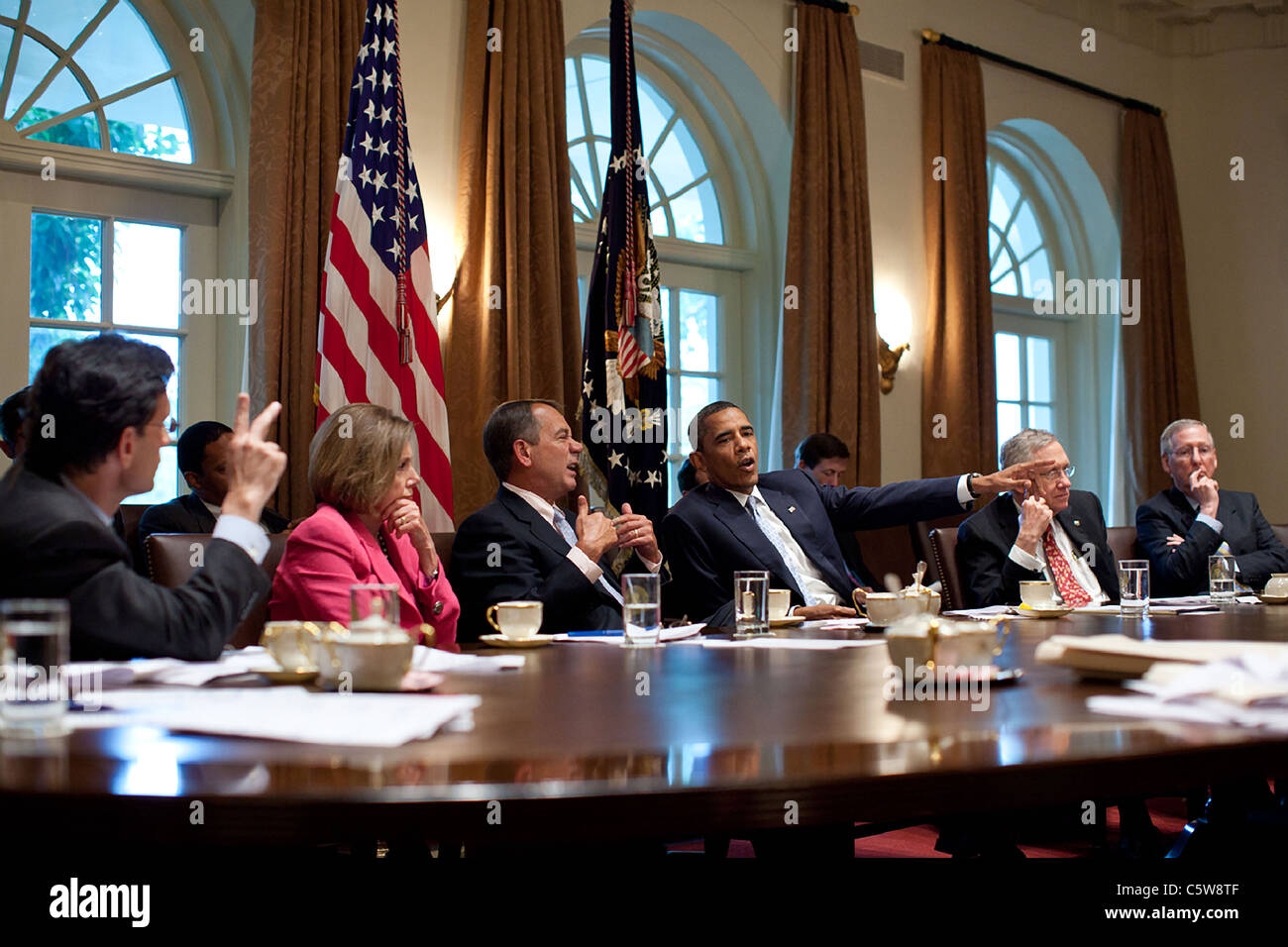 President Barack Obama and Vice President Joe Biden Congressional leaders on the debt ceiling crisis - Stock Image