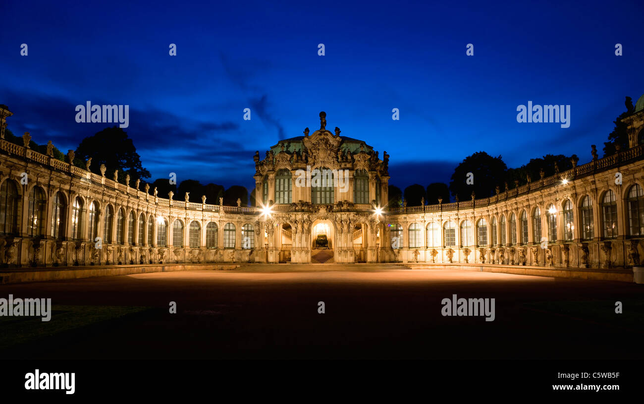 Germany, Saxony, Dresden, Zwinger Palace with Rampart Pavilion at night - Stock Image