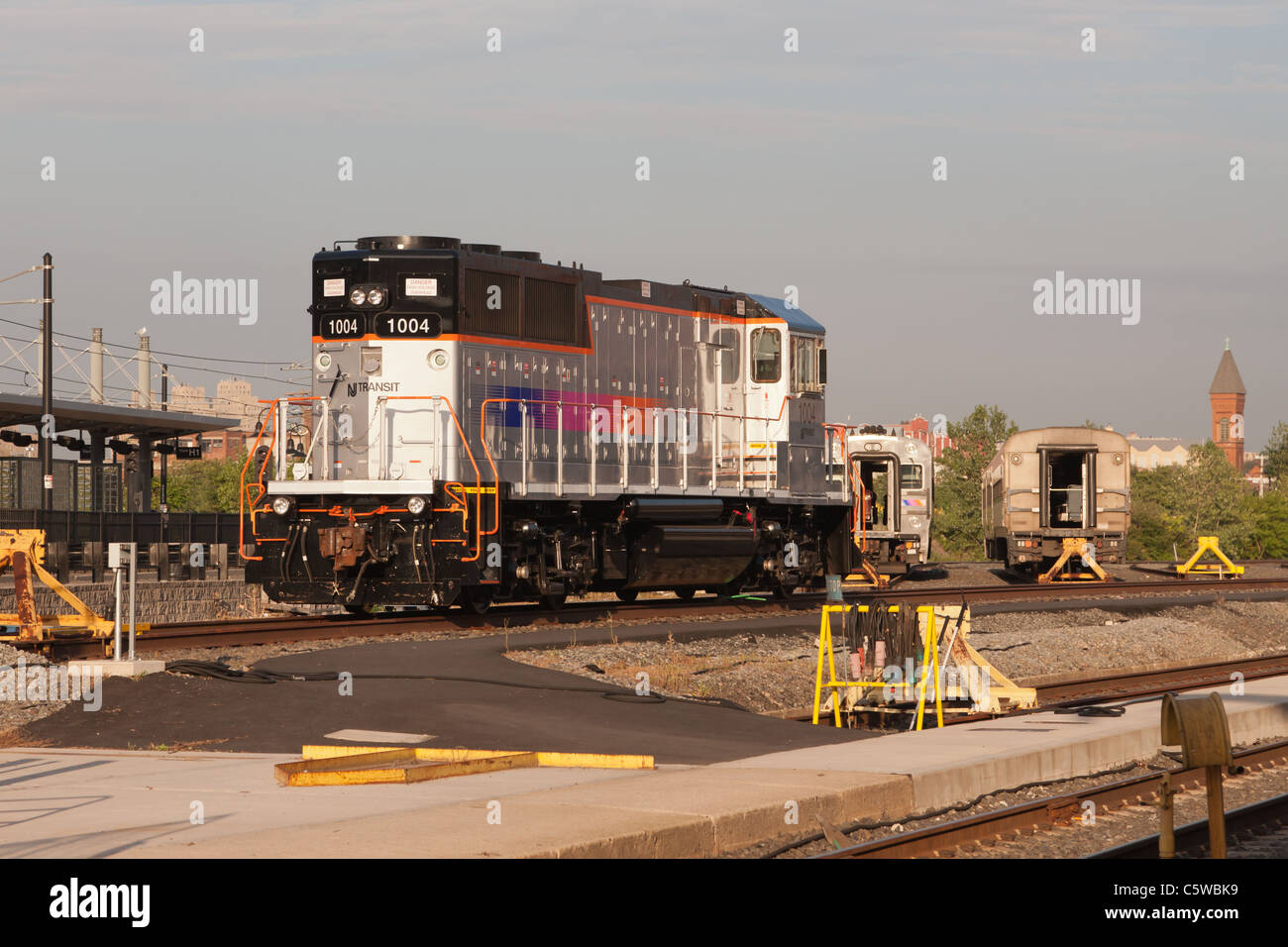 New Jersey Transit locomotive MP20GP number 1004 sits on a siding at the Erie Lackawanna/NJ Transit Hoboken Terminal - Stock Image