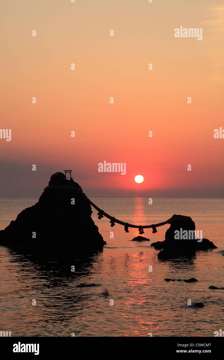 Morning Sun and Meoto-iwa, Ise, Mie, Japan - Stock Image
