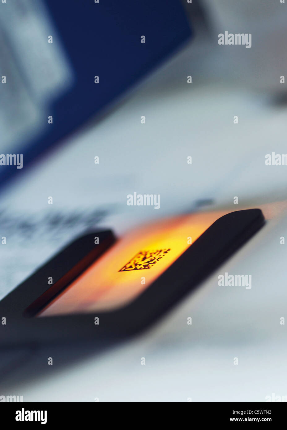 Micro-circuitry switch, close up - Stock Image