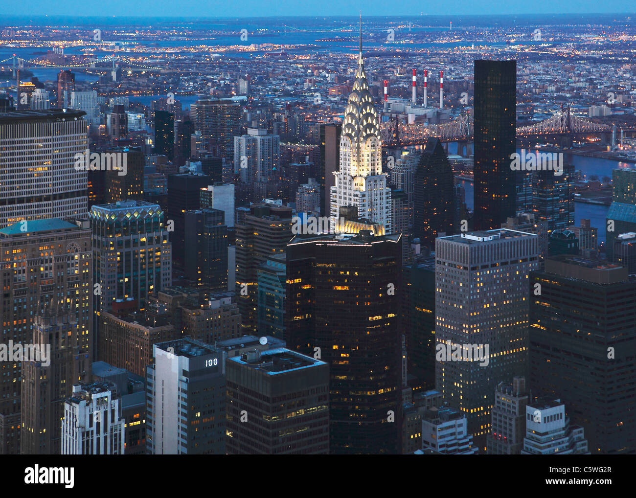 USA, New York, View of Manhattan city and chrysler building - Stock Image