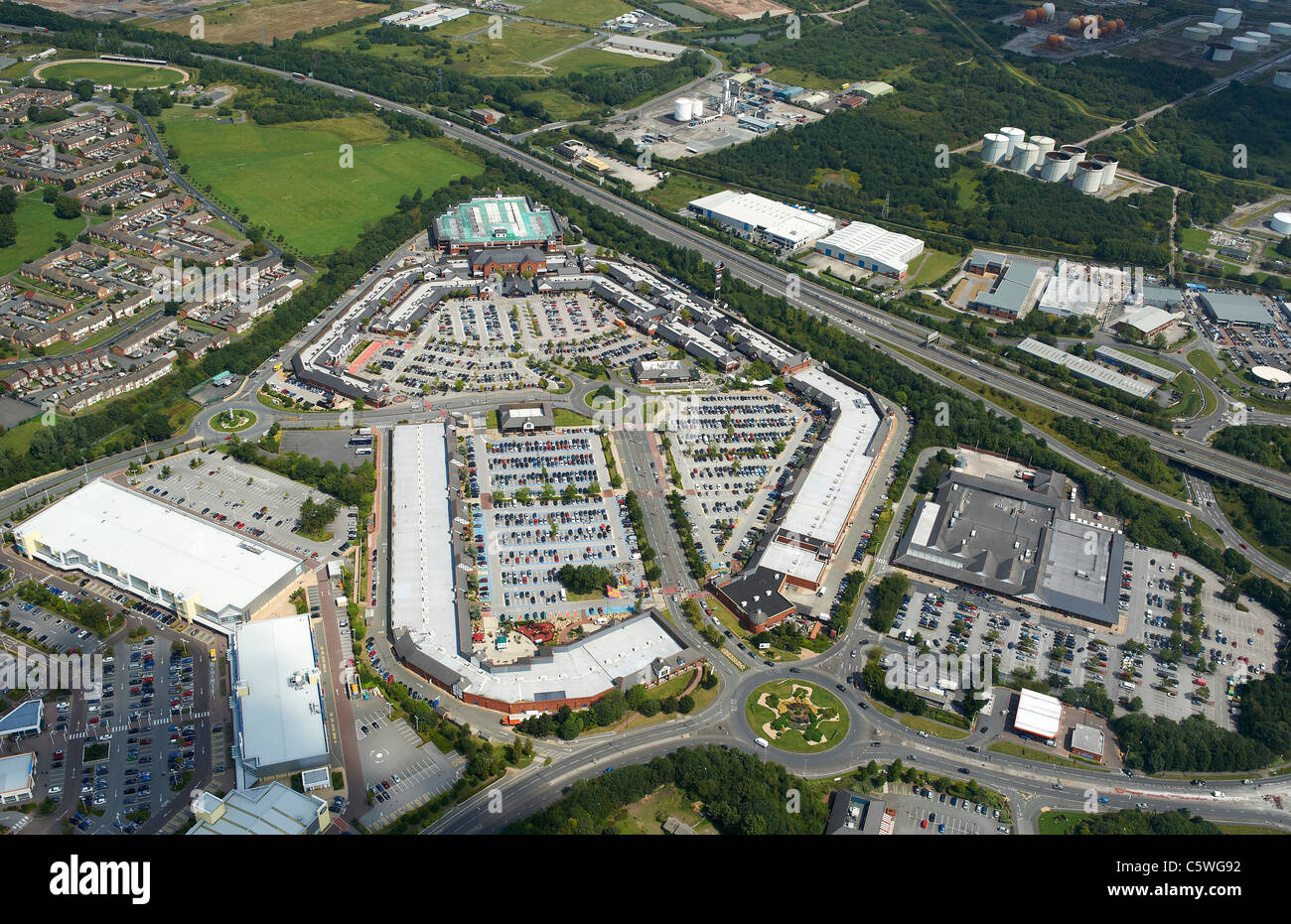 Cheshire Oaks Shopping Centre, Wirrall, North West England - Stock Image