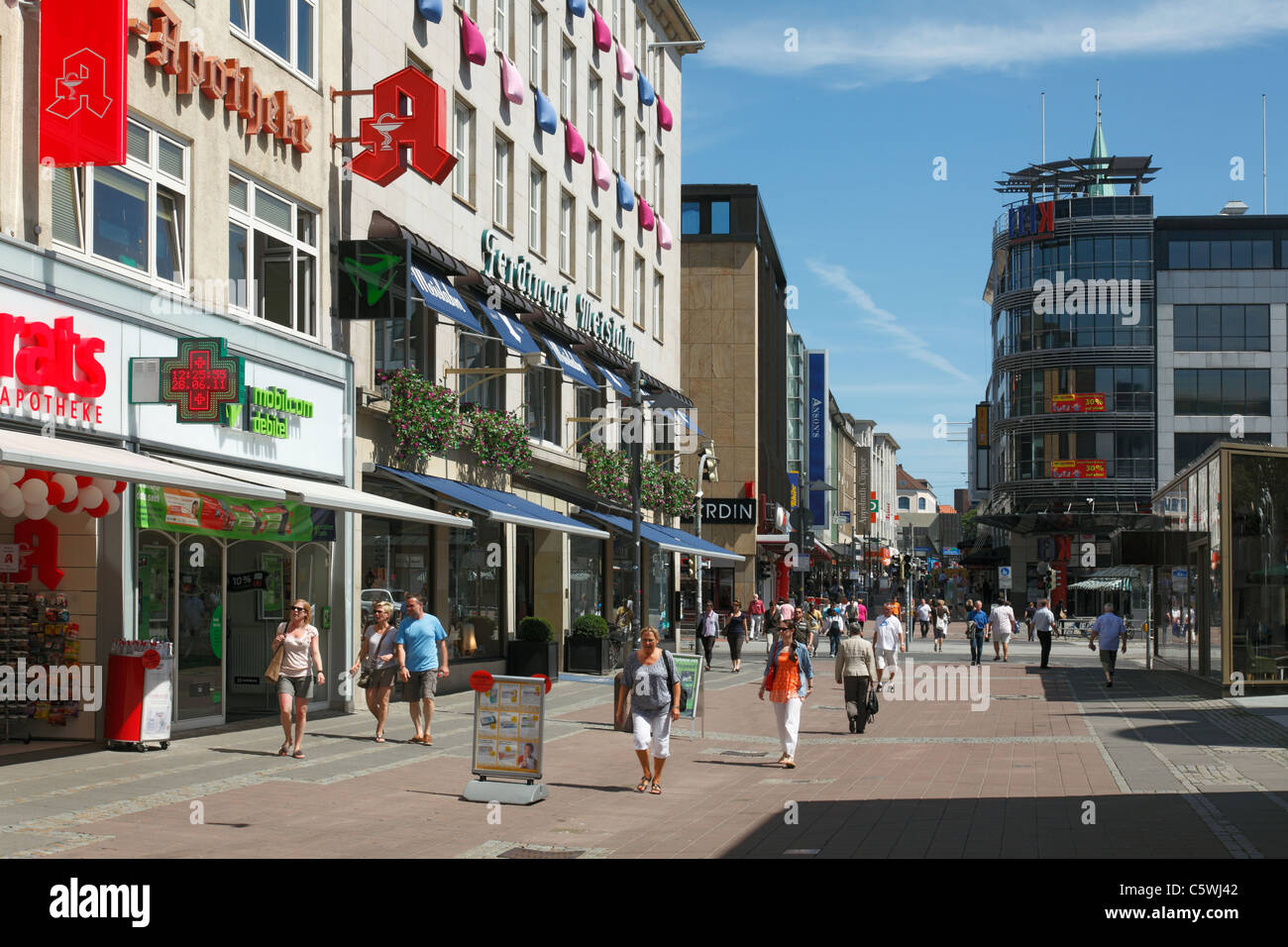holstenstrasse einkaufsstrasse und fussgaengerzone in kiel kieler stock photo 38057042 alamy. Black Bedroom Furniture Sets. Home Design Ideas
