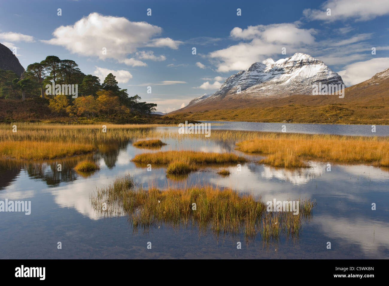 Loch Clair and Liathach in autumn, Torridon, North-west Scotland, Great Britain. - Stock Image