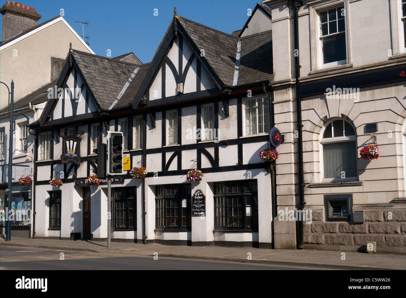 The Plume of Feathers Hotel, is located in Fore Street , Okehampton, Devon. The building was available for lease - Stock Image