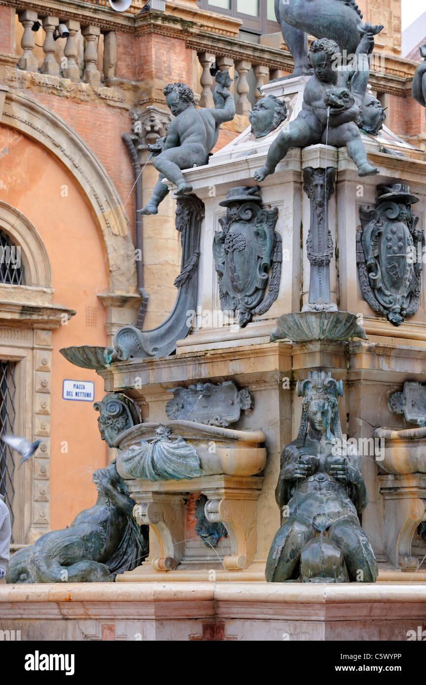 Fontana del Nettuno or 'Neptunes Fountain' on Piazza del Nettuno in Bologna - Stock Image