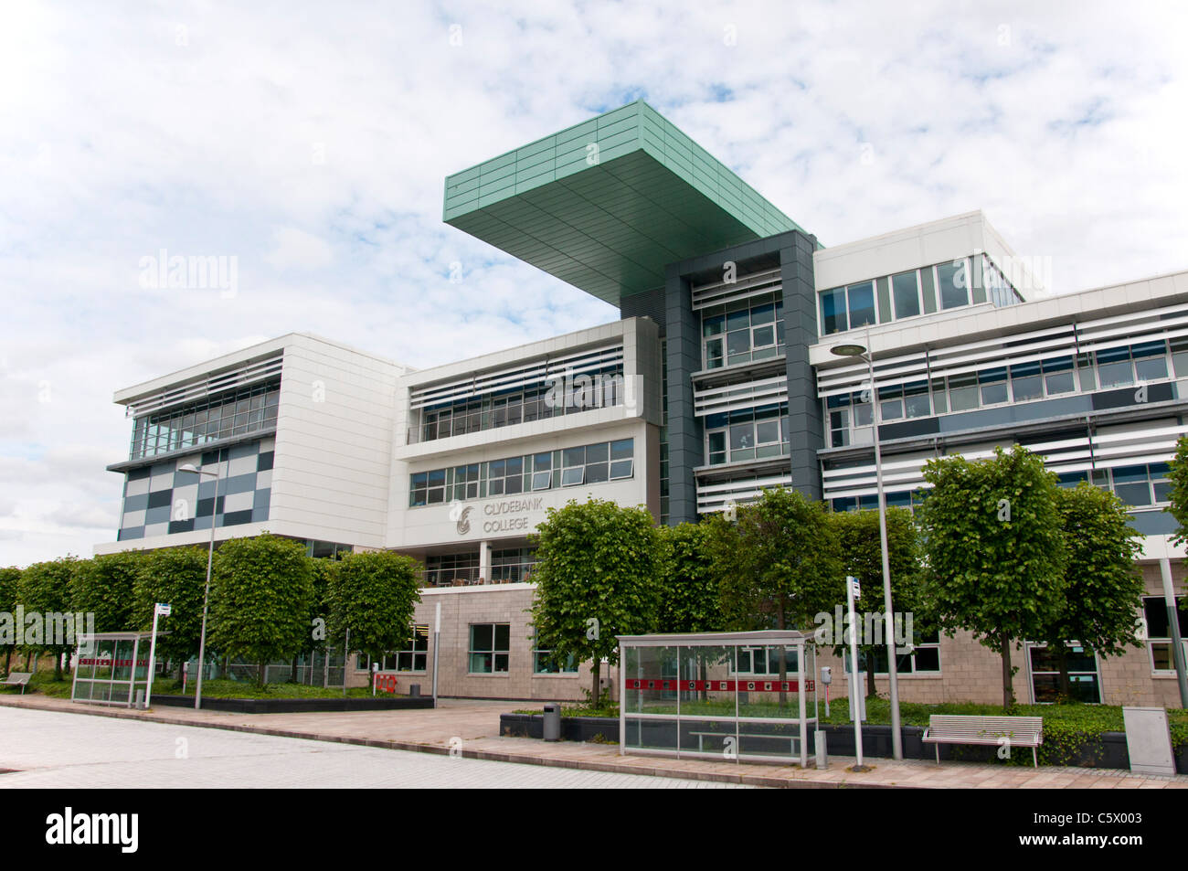 Clydebank College is a further education college in Clydebank west of Glasgow. - Stock Image