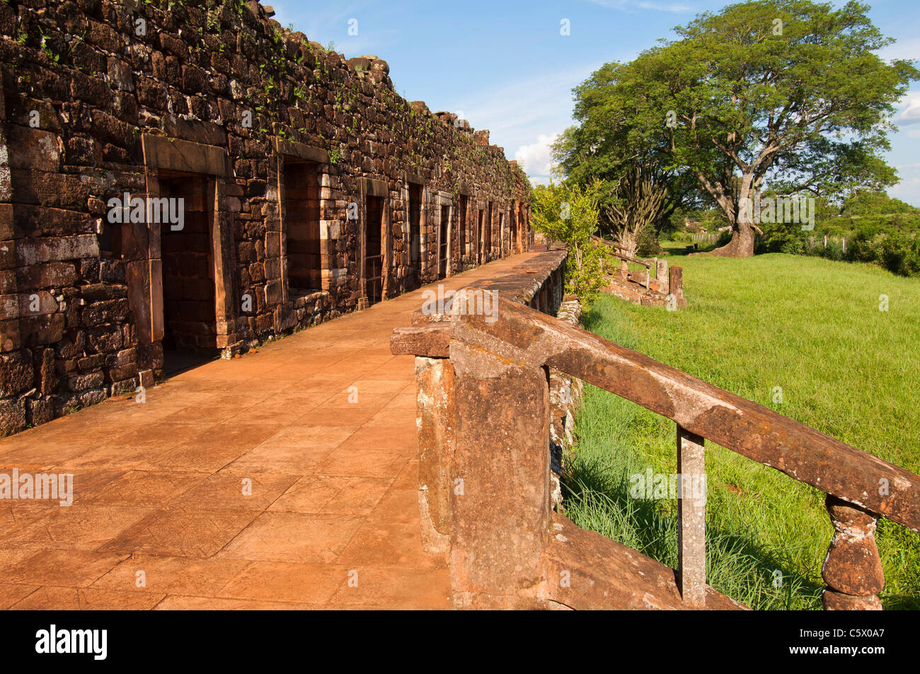Ruins of the Jesuit reduction San Ignacio Mini, Cloister, Misiones Province, Argentina - Stock Image