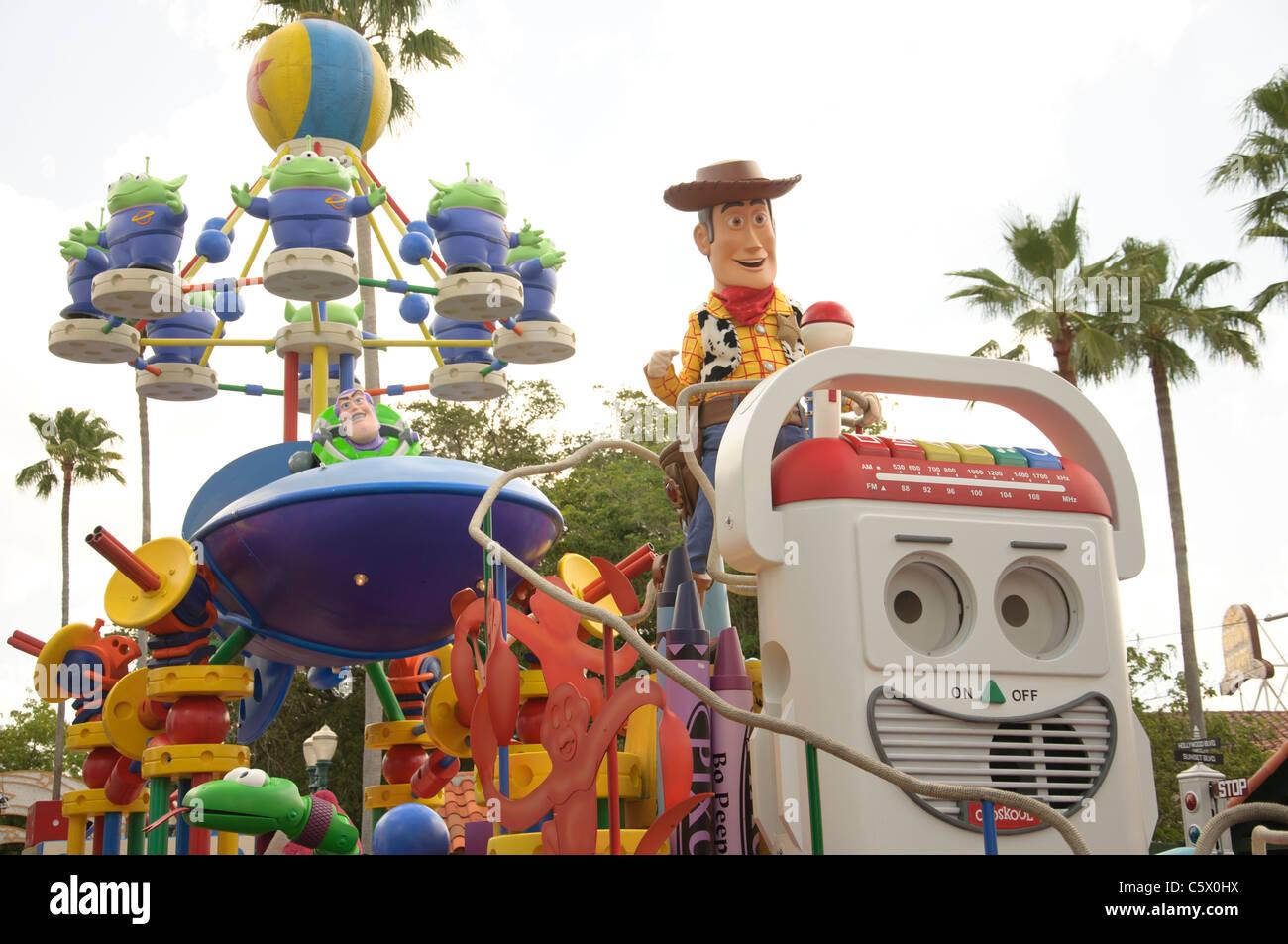 Disney Pixar Countdown To Fun Parade Walt Disney World Resort Parks