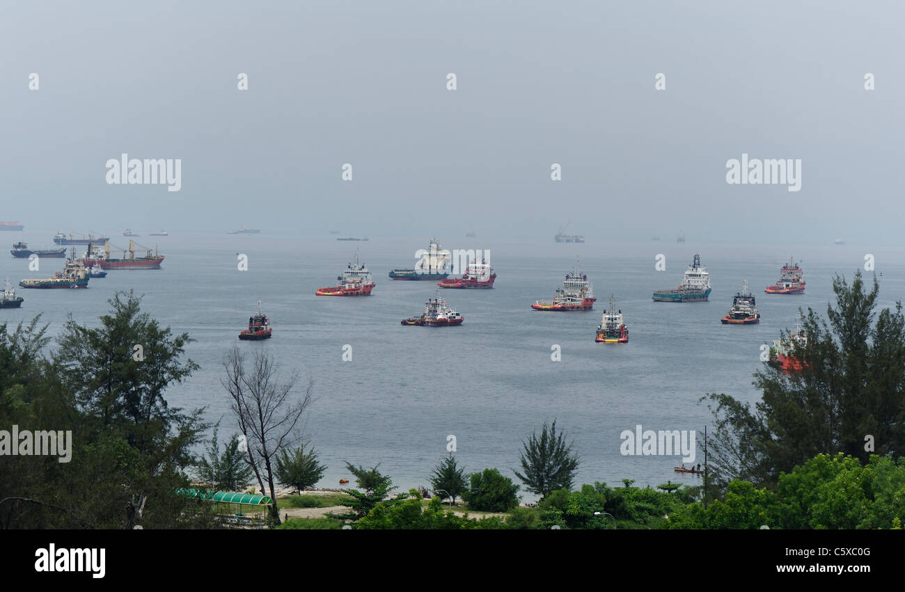 Shipping and boats in Labuan, Malaysia - Stock Image