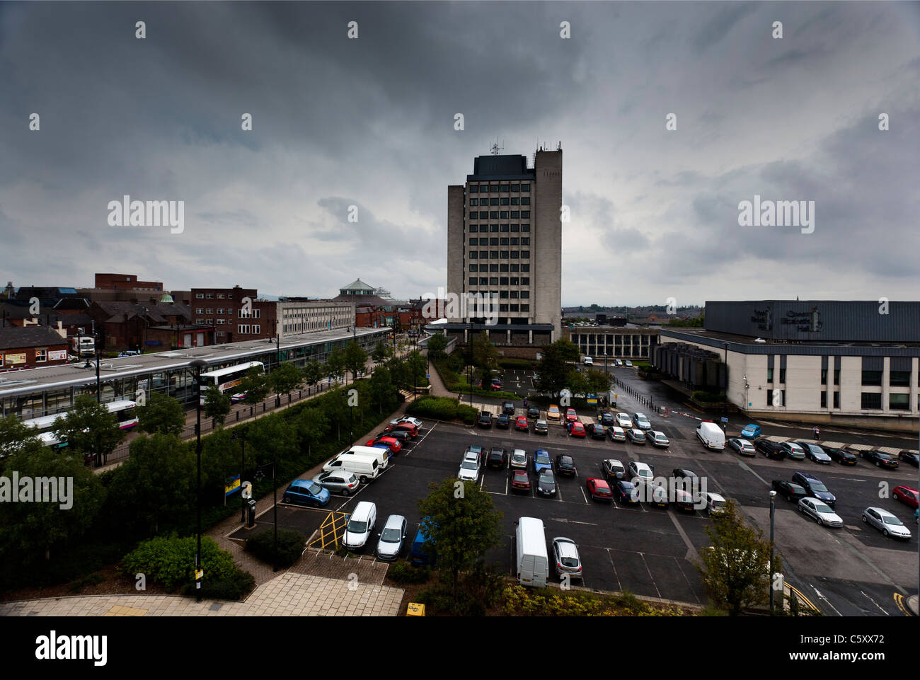 Oldham Town Hall - Stock Image