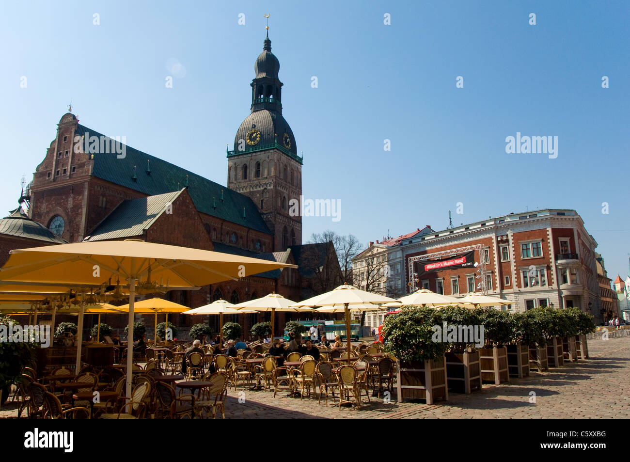 Terraces and cafés, Old Town, Riga, Latvia - Stock Image