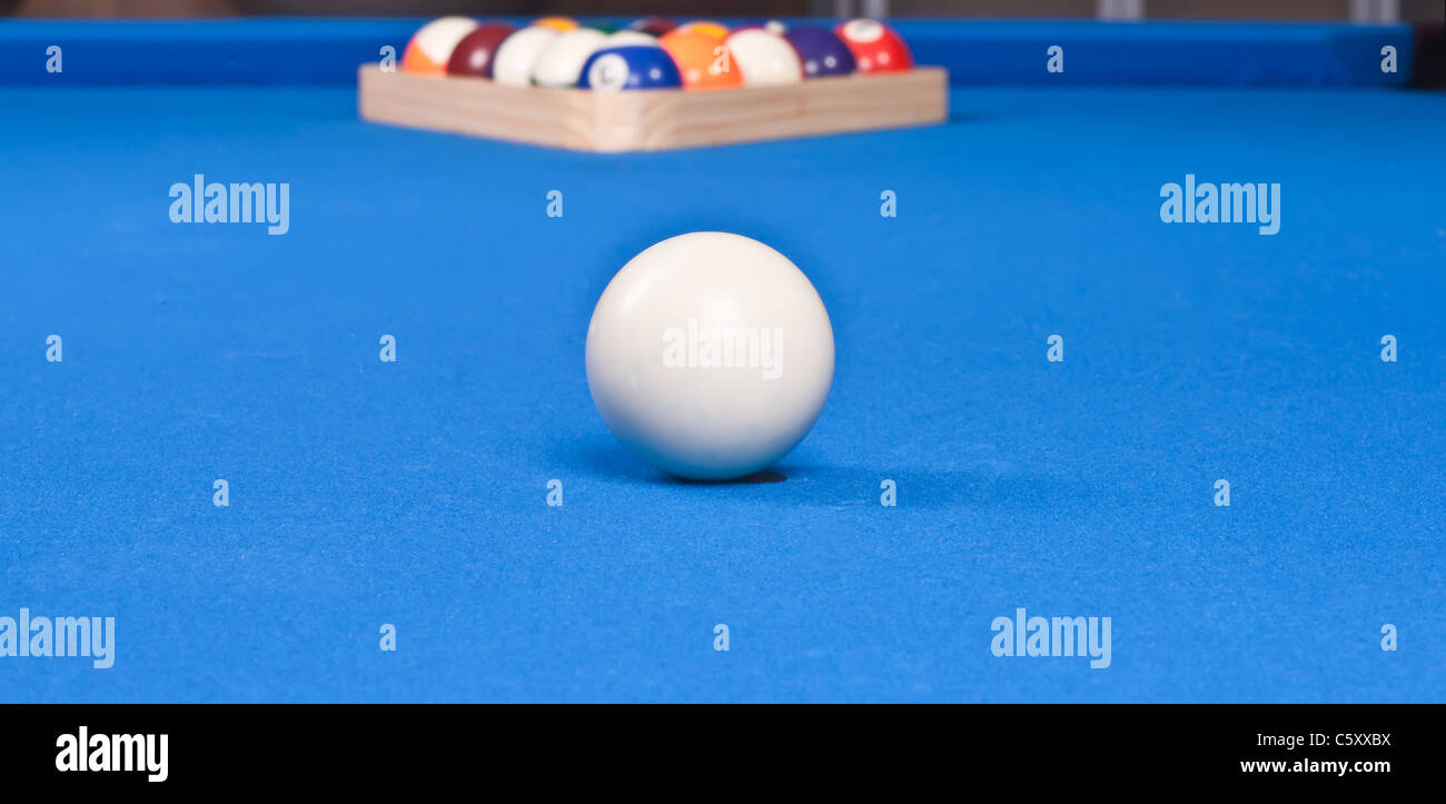 setting up the pool ball table with billiard triangle for first shot  sc 1 st  Alamy & setting up the pool ball table with billiard triangle for first shot ...