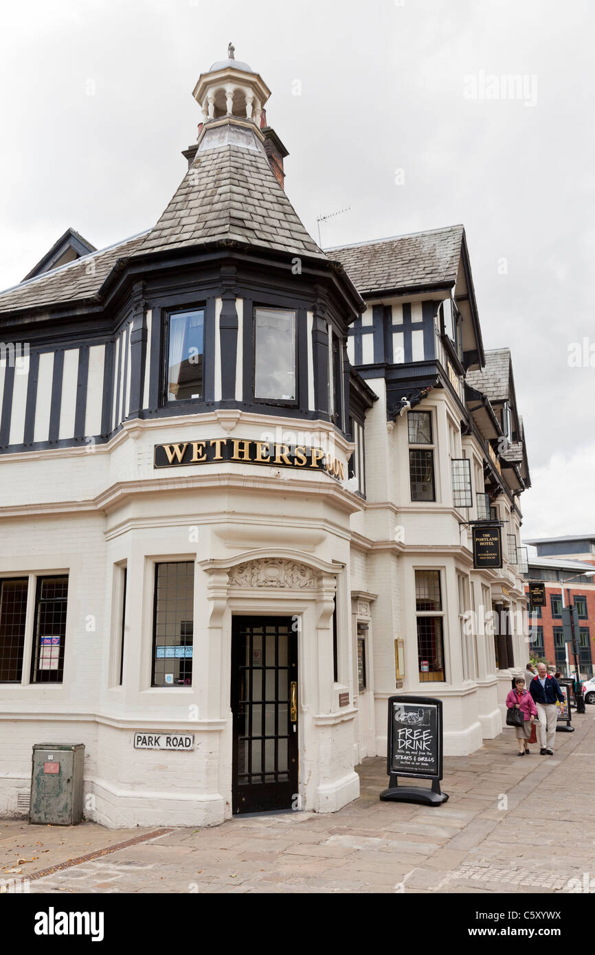 The Portland Hotel (Wetherspoons), Chesterfield, Derbyshire - Stock Image