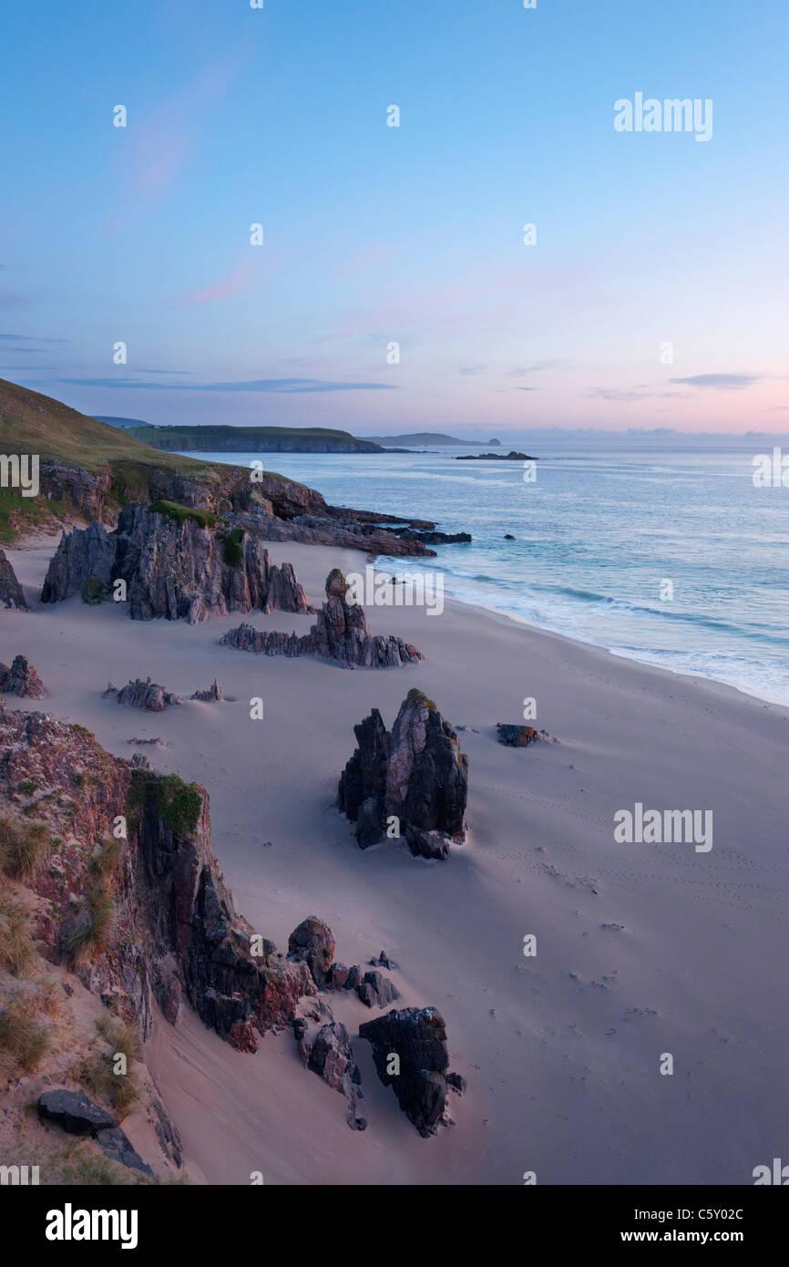Traigh Allt Chailgeag, a beach near Durness at dawn, Sutherland, Highland, Scotland, UK. - Stock Image