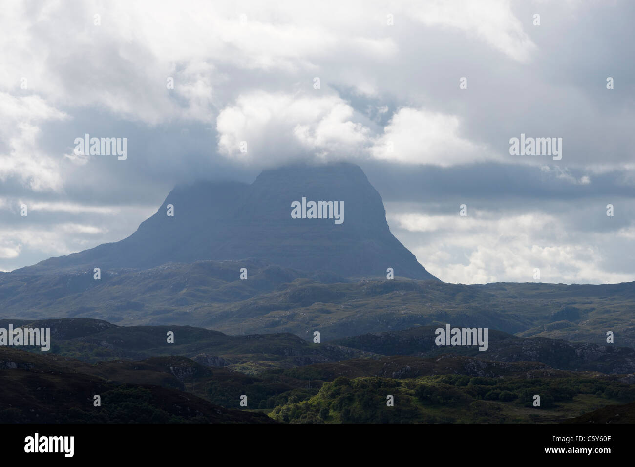 Suilven and dramatic clouds, Assynt, Sutherland, Highland, Scotland, UK Stock Photo