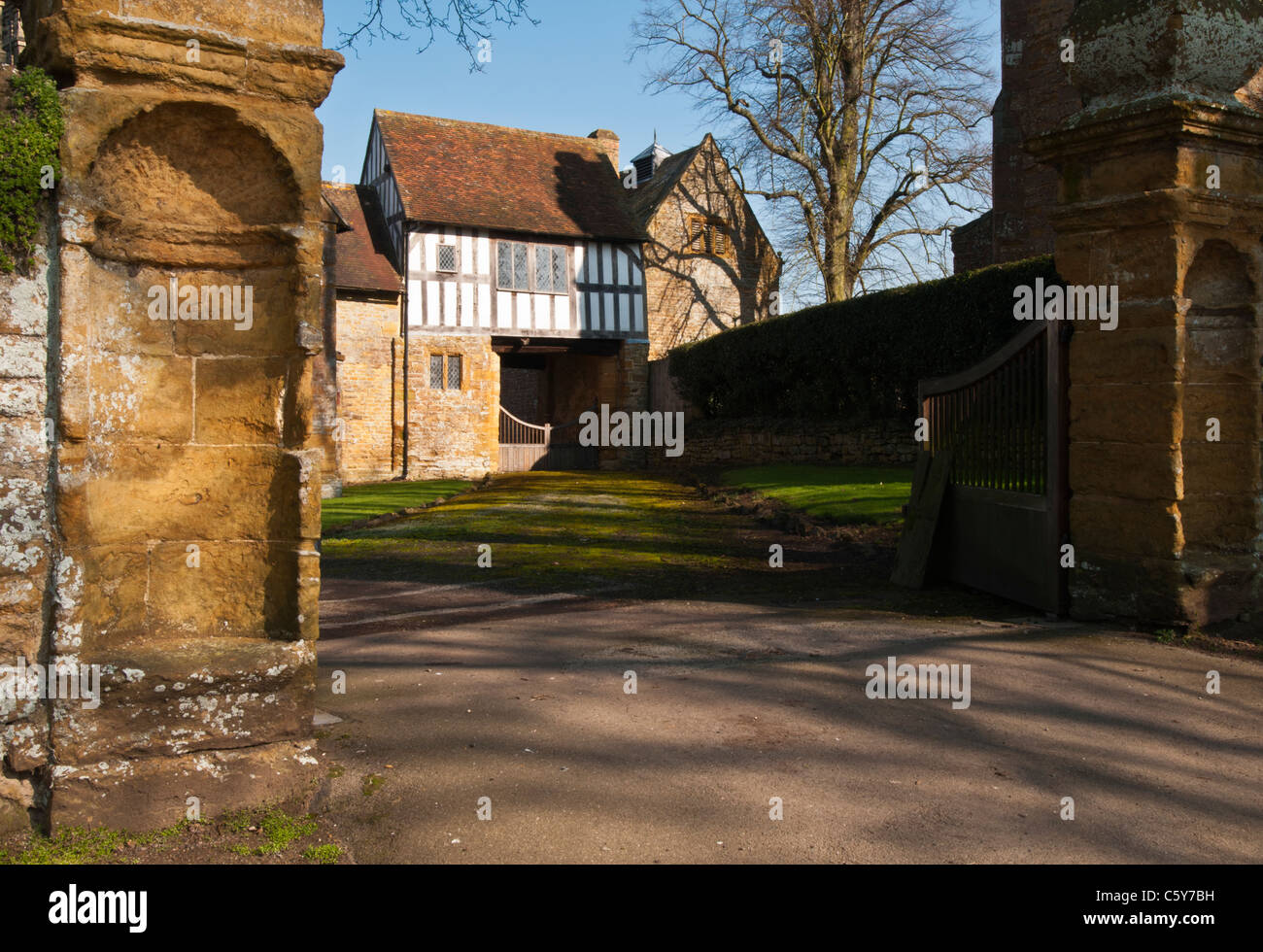 The Gatehouse of Ashby St Ledger's manor  was where the Gunpowder Plot of 1605 was hatched, Northamptonshire, - Stock Image