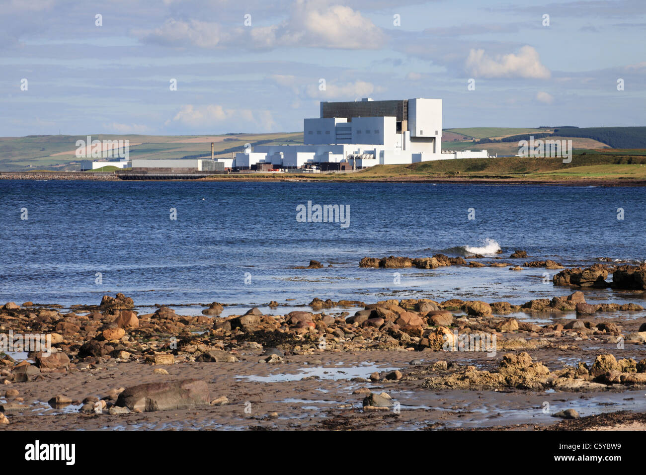 Torness nuclear power station seen from the north, near Dunbar, Scotland, UK - Stock Image