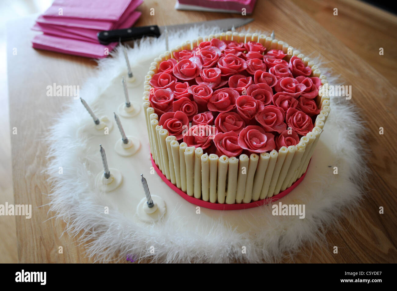Miraculous Bright Pink Sugar Paste Roses Decorating The Top Of A Luxury Birthday Cards Printable Benkemecafe Filternl