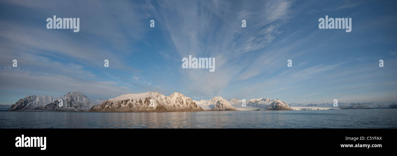 Snow-capped mountaine, Svalbard, Norway, September. - Stock Image