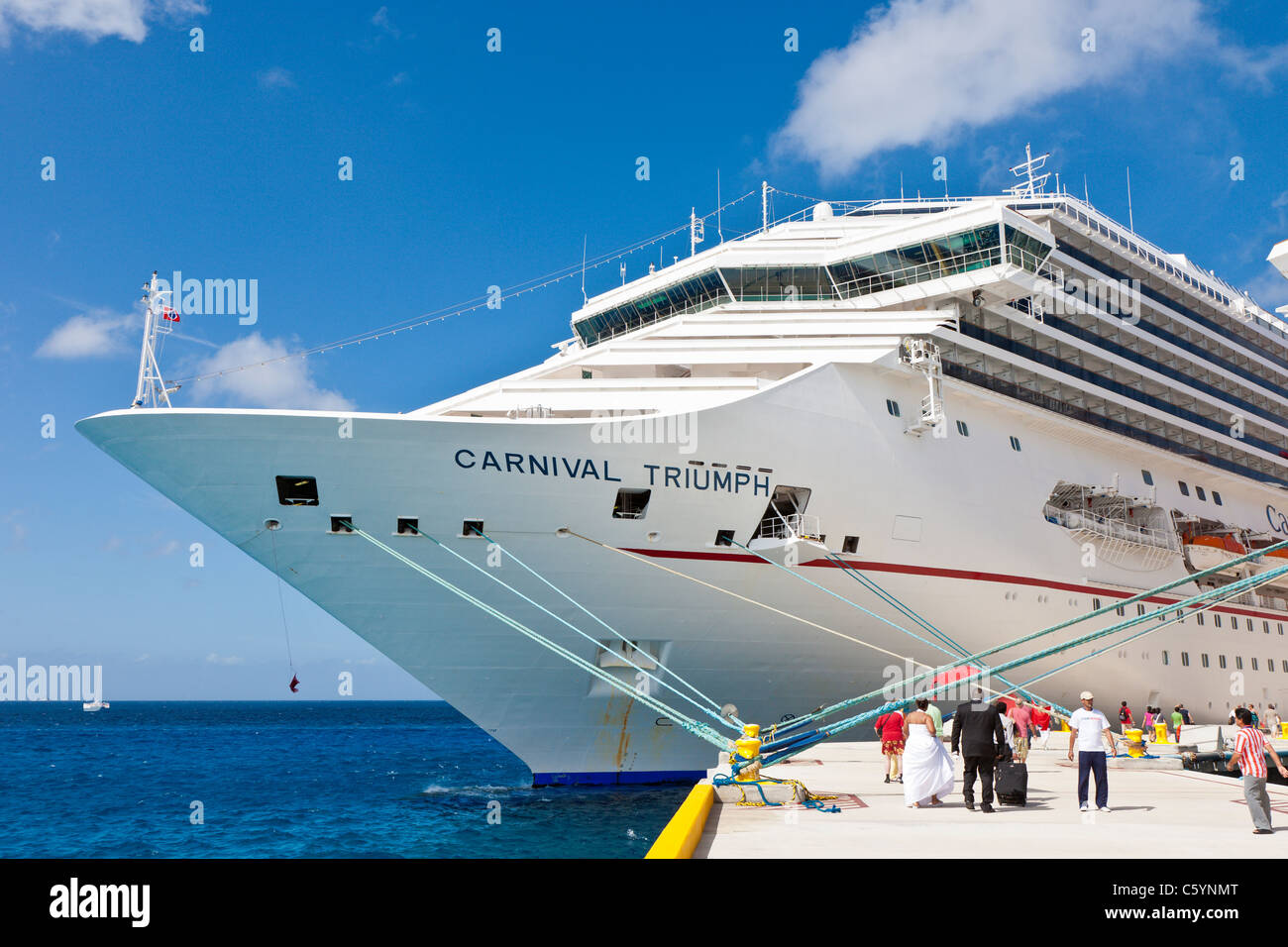 Cruise Ship Wedding Stock Photos & Cruise Ship Wedding Stock Images ...